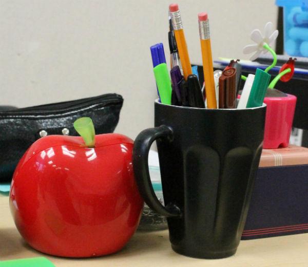 Skola pennor i mugg mm 600x502